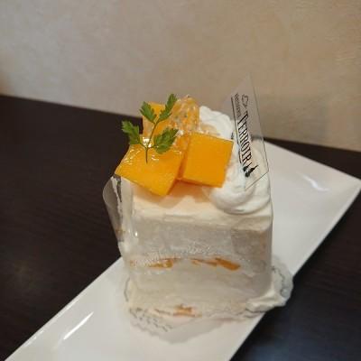 マンゴーエンゼルケーキ