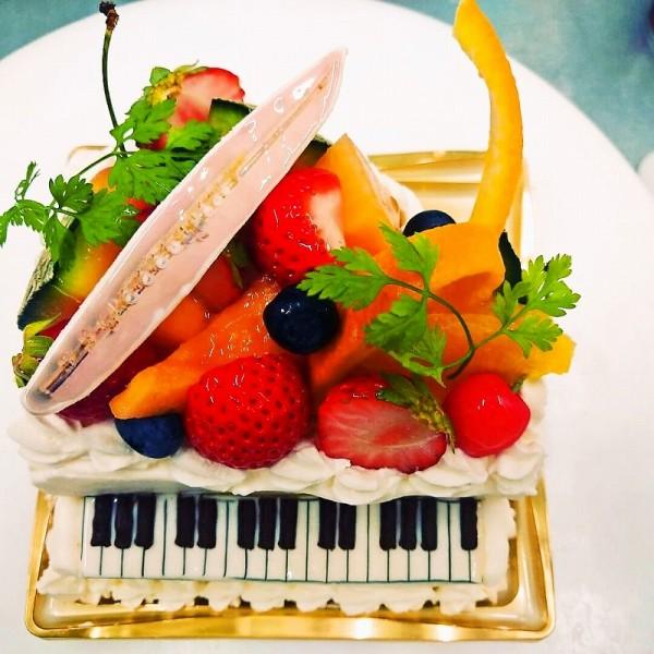 ピアノケーキ(フルーツ)