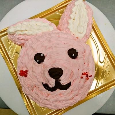 立体ケーキウサギ
